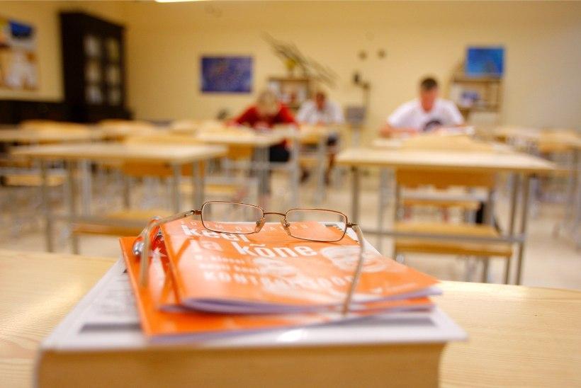Koolijuhtide õudusunenägu: õpetajaid jääb aina vähemaks