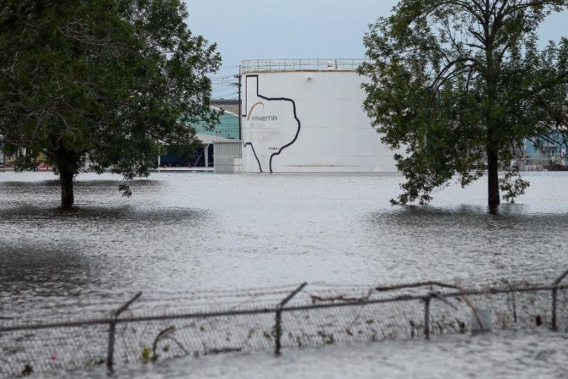 Harvey jõudis ka Louisianasse, Houstoni lähistel kardetakse keemiatehase süttimist