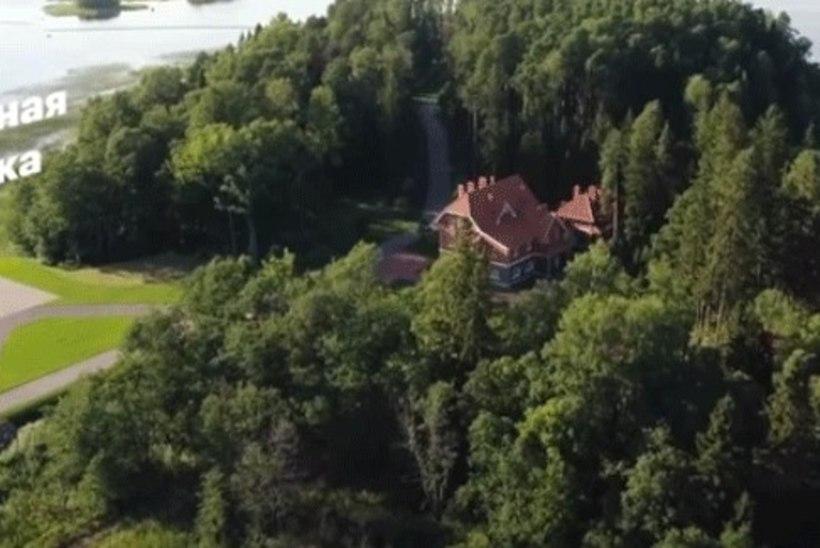 VIDEO | Navalnõi avaldatud droonivideos näeb Putini kiivalt varjatud villat