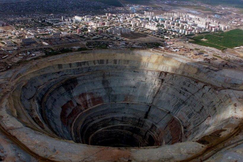 Üleujutatud Jakuutia teemandikaevanduses jäi kadunuks kaheksa inimest