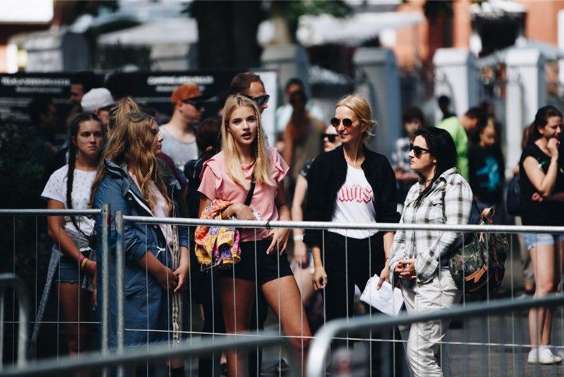 ÕHTULEHE GALERII   Weekendi teine päev läks käima, rahvas on heas meeleolus