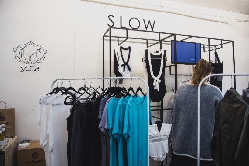 GALERII: Läti disainerid vallutasid Telliskivi pop-up poekese minimalistliku ja innovaatilise loominguga