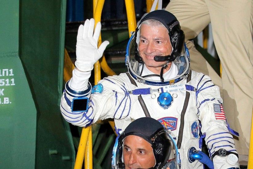 FOTOD | Rahvusvahelisse kosmosejaama jõudsid kaks astronauti ning üks kosmonaut