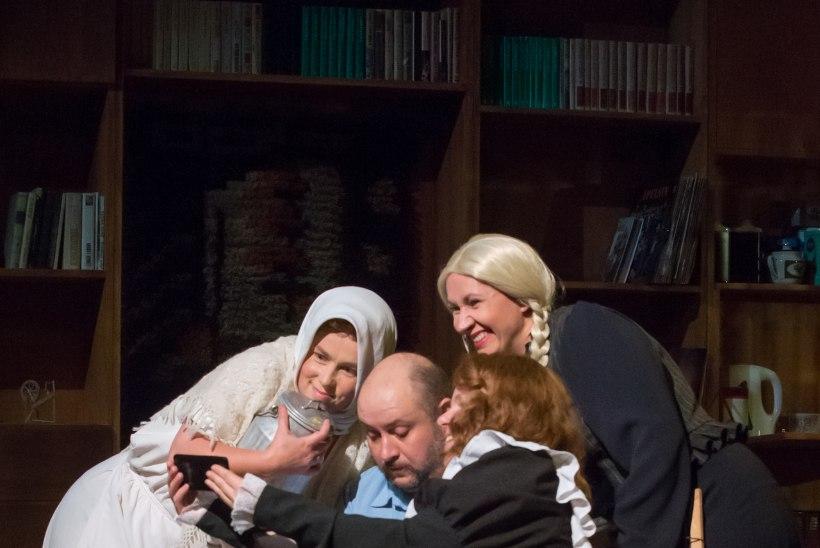 """URMAS LENNUK: """"Teater on nagu krooniline reuma – kui ta sul juba on, siis lahti enam ei saa."""""""
