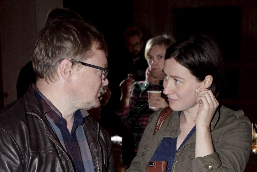 PILDID | Katrin Maimik ja Rainer Vakra kaasa näitasid uue kino avamisel kasvavat beebikõhtu