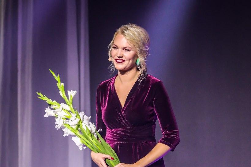 """Uudisteankur Keili Sükijainen hakkas moeloojaks: """"Joonistasin juba väiksena vihikutesse kleite ja seelikuid."""""""