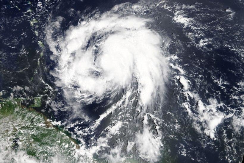 Kariibi saared ei jõua sel tormihooajal hingegi tõmmata: orkaan Maria kogub jõudu