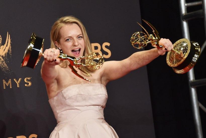 """Emmyde jagamisel võidutses """"Teenijanna lugu"""""""