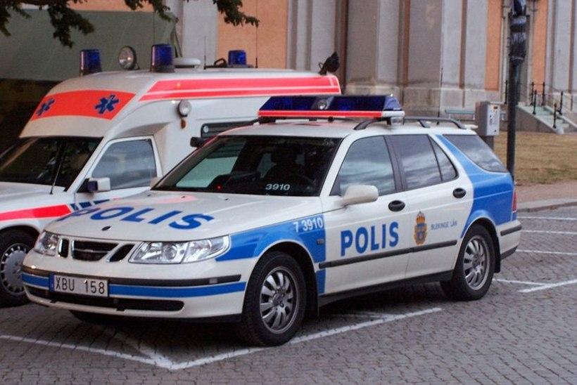 Auto pagasiruumist leitud vigastatud mehe müsteerium: kukkus end ise surnuks?