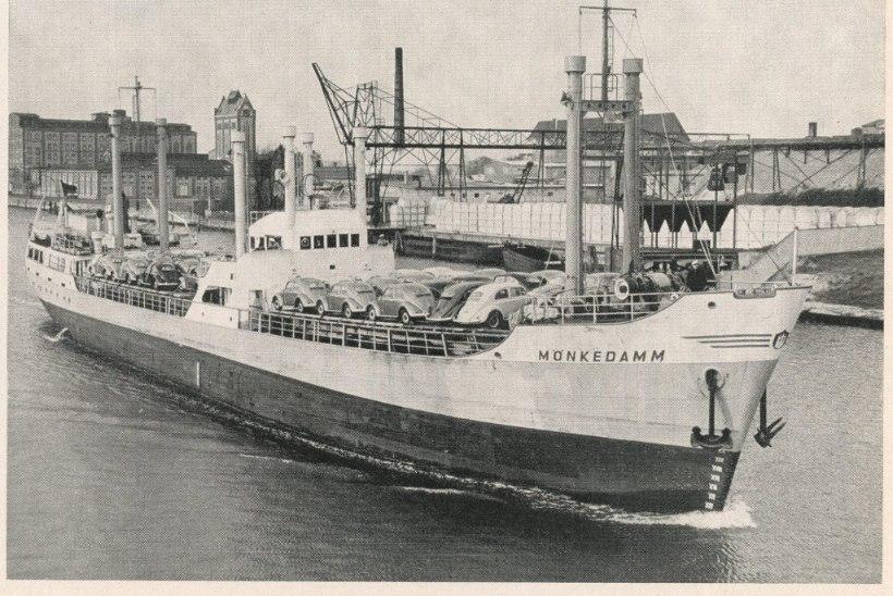 Kolm korda kaaperdatud laev nimega Estonia