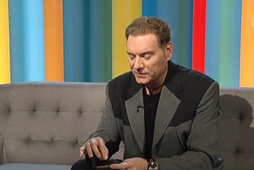 TV3 VIDEO | Vaata ja imesta! Mart Sander näitab Merivälja ufost pärit tükki