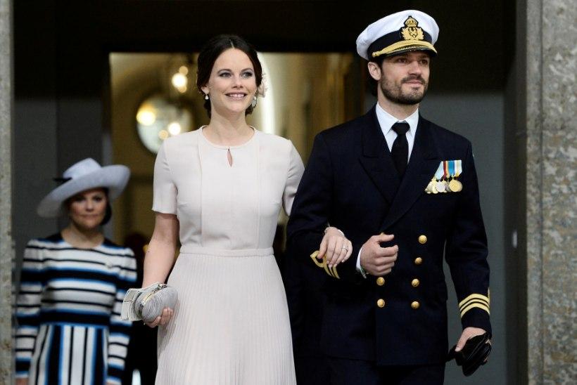 Rootsi kuningakojas tulevad ajaloolised ristsed