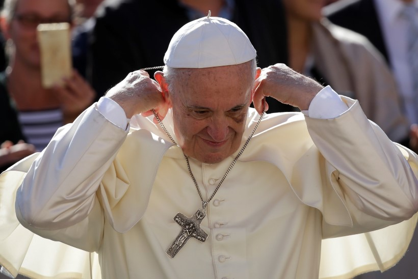 Konservatiivid süüdistavad paavsti ketserluses