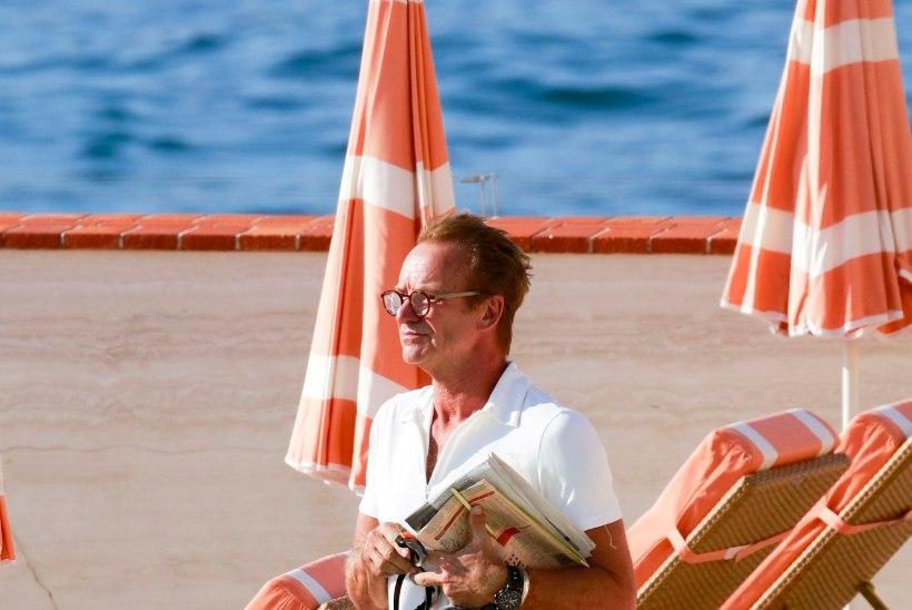 FOTOD   Endiselt triksis-traksis Sting mõnuleb enne Eesti kontserti rannas