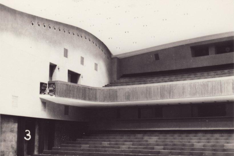 Pool sajandit tagasi ristisid irvhambad Vanemuise suure maja külmhooneks