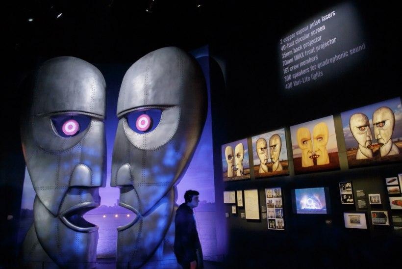 Näitusesügis: Riias näeb Diori ja kõrvitsaid, Prahas Blahnikut ja Londonis Potterit
