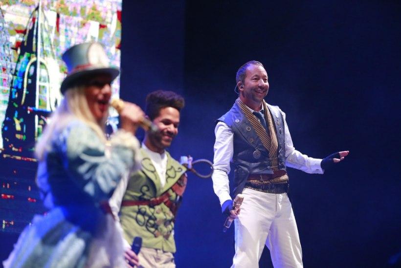 GALERII   DJ Bobo tähistas Saku Suurhalli laval 25. aasta lavajuubelit