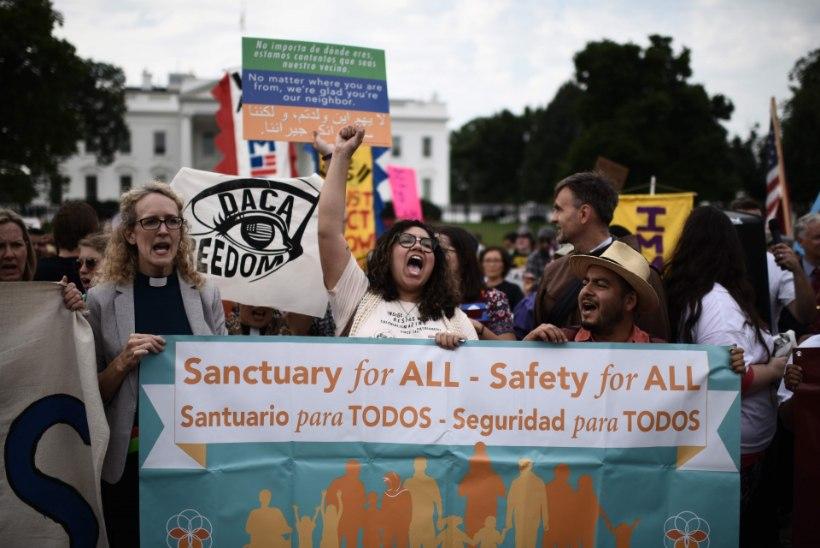 Valge Maja: noored ja lapseeas immigrandid ei ole enam kaitstud