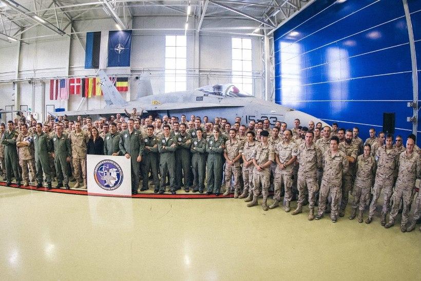 FOTOD | Balti riikide õhuruumi asusid valvama Belgia hävitajad F-16