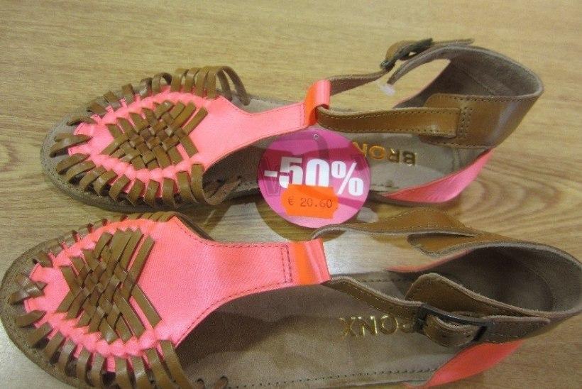Eestist leiti müügilt tervisele ohtlikud kingad, nukk ja kõrvarõngad