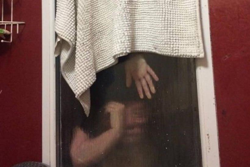 AJALOO HALVIM TINDERI KOHTING: fekaale õngitsenud naine tuli akna vahelt välja lõhkuda