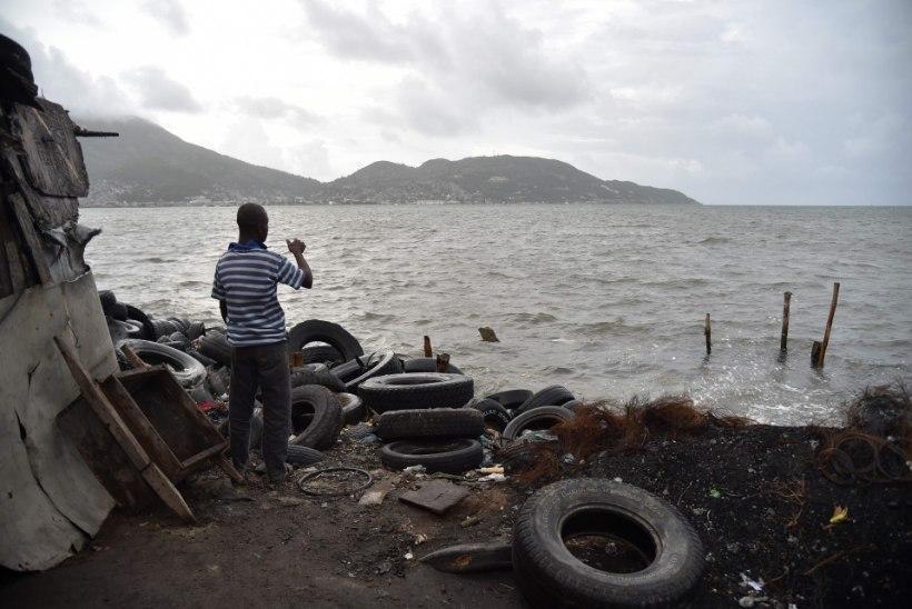 Irma taustal on end kogumas veel kaks orkaani - Jose ja Katia