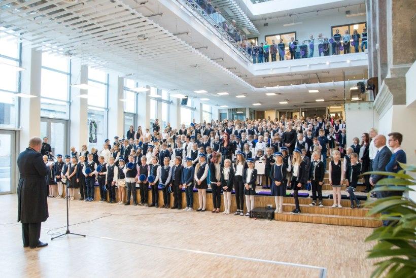 Kooliaasta algus kiirustas tagant: Gustav Adolfi gümnaasiumi uus õppehoone muutus üleöö kasutuskõlblikuks