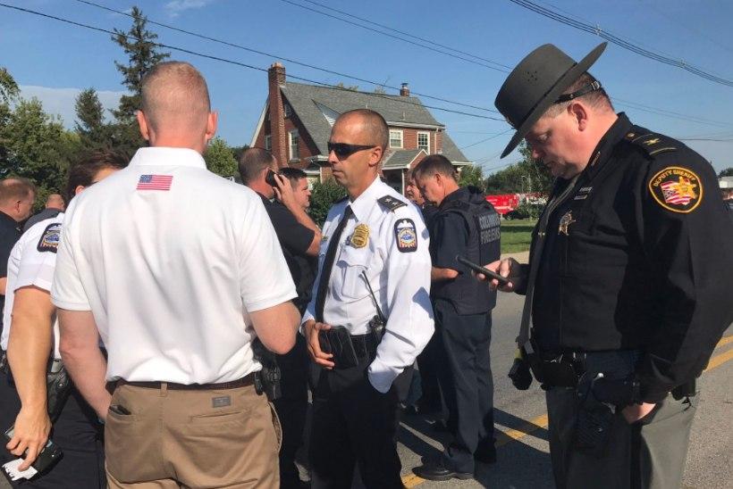 Ohio osariigi gümnaasiumisse sisenes relvaga õpilane
