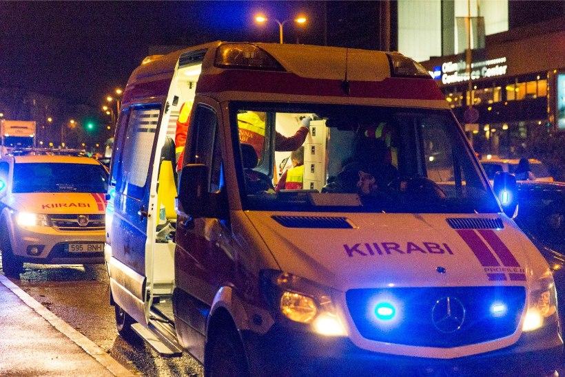 Kiirabi aastavahetus Tallinnas: 353 väljakutset, sagedasemaks põhjuseks alkohol