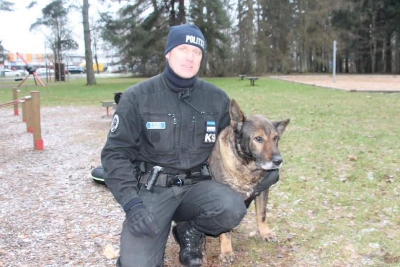 FOTOD | Teenekas politseikoerComosaadeti pidulikult pensionile