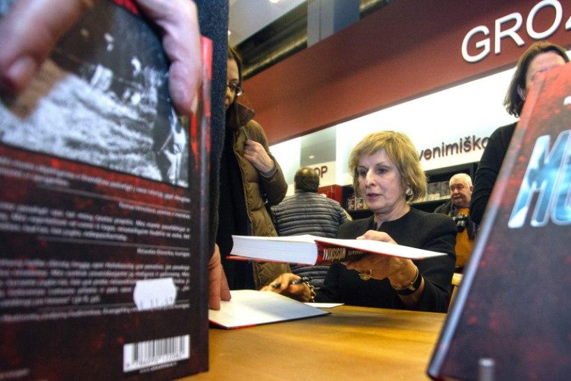Leedu kirjanik sattus ühe kommentaari pärast põlu alla, teosed hävitati