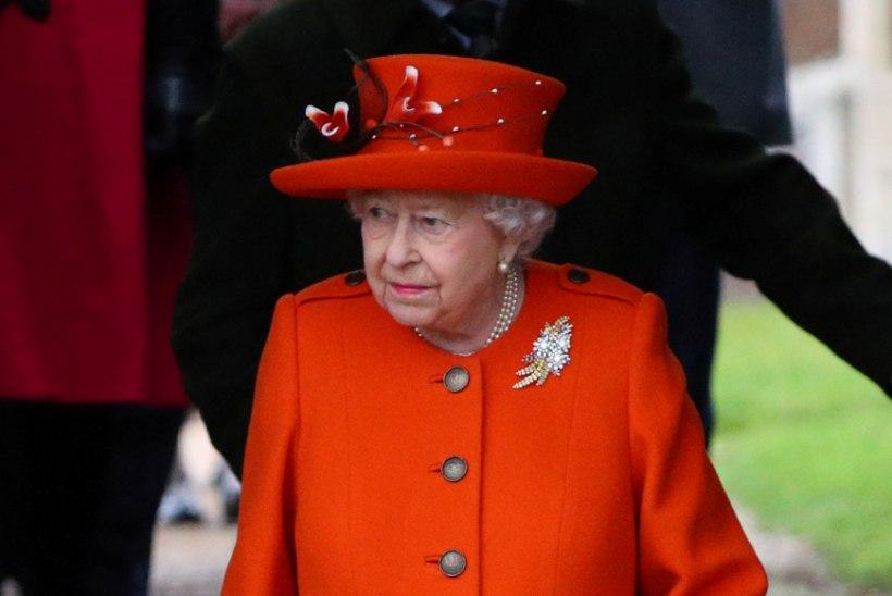 Kuninganna pesumeister kaotas lobisemise tõttu töö?