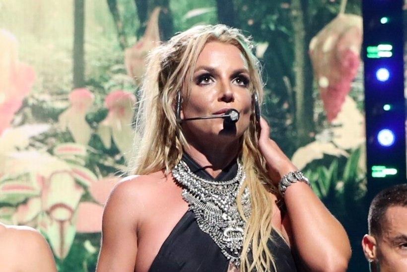 Britney Spears on oma 23aastase kavaleriga kihlunud?