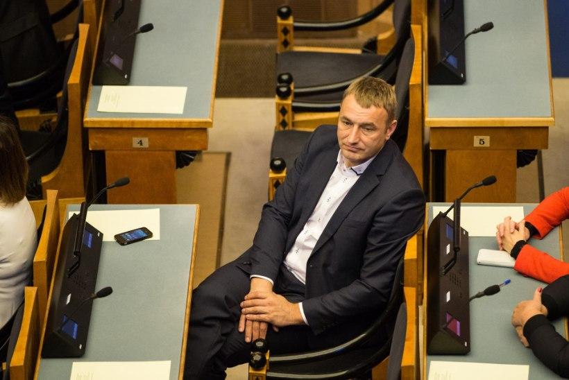 Sotsid: minister Urmas Reinsalu tagasiastumine pole päevakorras