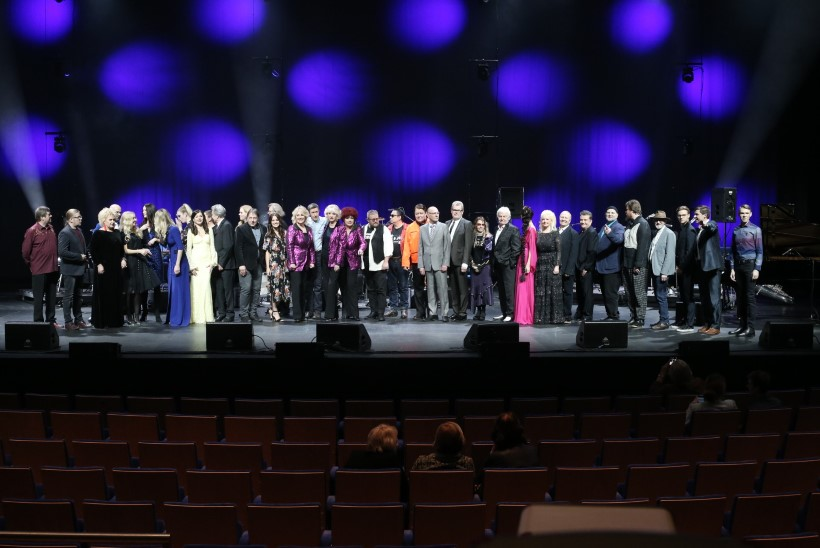 SUUR GALERII | Erakordne hulk armastatud lauljaid esines Eesti levimuusika ajaloo näituse heaks