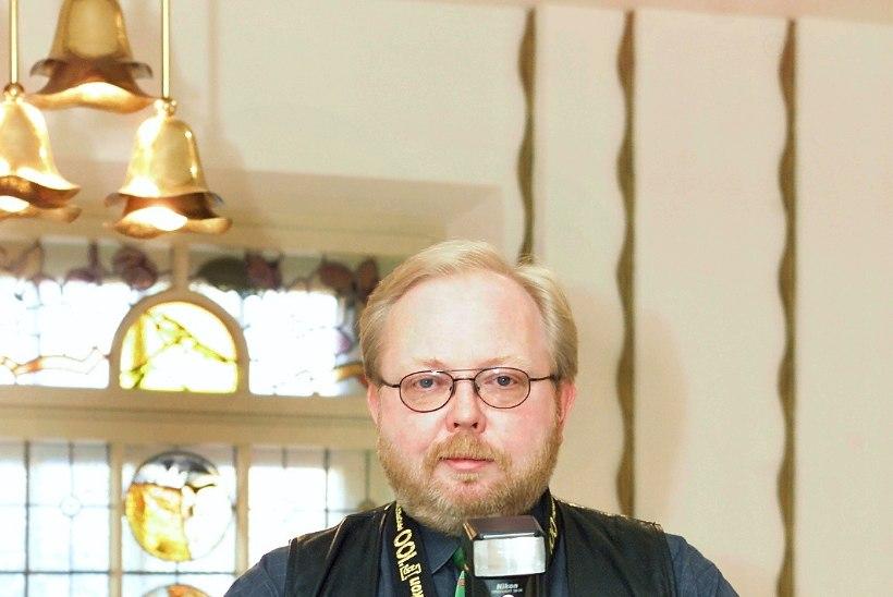 Jan Uuspõld alias rullnokk Pets: mul pole mingit probleemi ossidega tänaval nalja visata