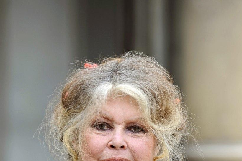 Omaaegne seksisümbol Brigitte Bardot nimetab #MeToo staare silmakirjalikeks
