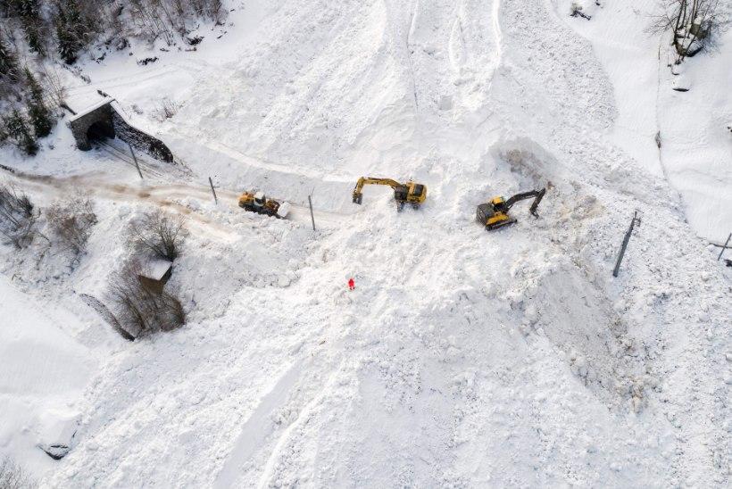 Eestlased on laviiniohu tõttu Austria suusakuurordis lõksus