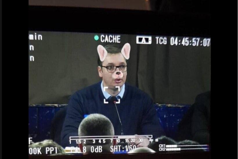 SKANDAAL: Albaania reporter kasutas Serbia presidendi fotol Snapchati filtrit