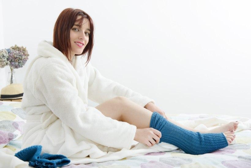 Üheksa nõksu, mis aitavad külmetavaid jalgu veidigi soojendada