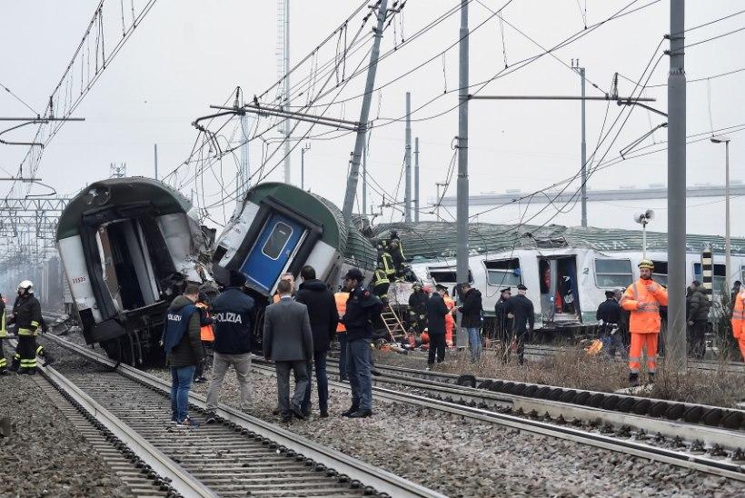 FOTOD   Itaalias juhtus traagiline rongiõnnetus, hukkus kolm inimest