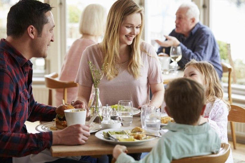 Üle 30 inimese sai Mallorca populaarsest restoranist kollatõve