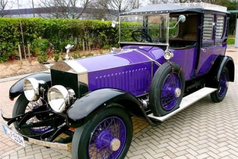 FOTO | OSTA ÄRA! Vene viimase tsaari Nikolai II auto pandi müüki