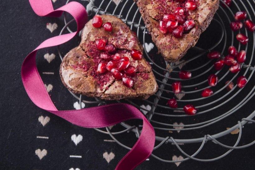 Brownie-südamed toortatrajahuga