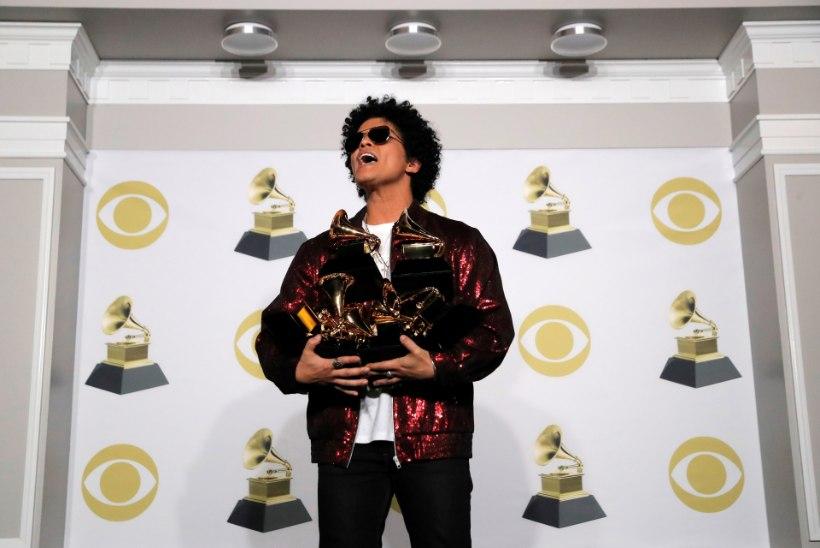 Grammy auhinnagalal võidutses Bruno Mars