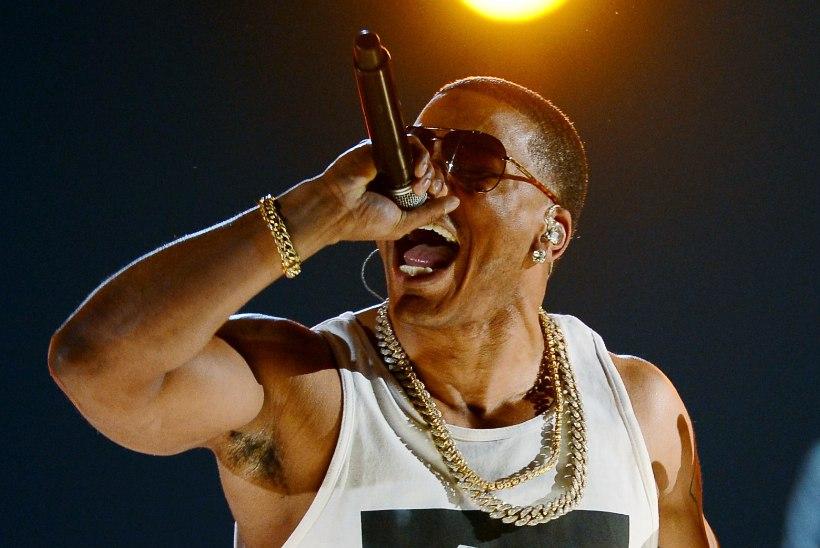 Räppar Nellyt süüdistatakse mitme fännitari vägistamises