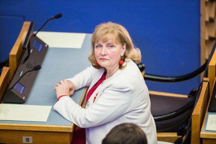 Helmen Kütt: esmalt tuleks töötavate pensionäride puhul õiglus jalule seada