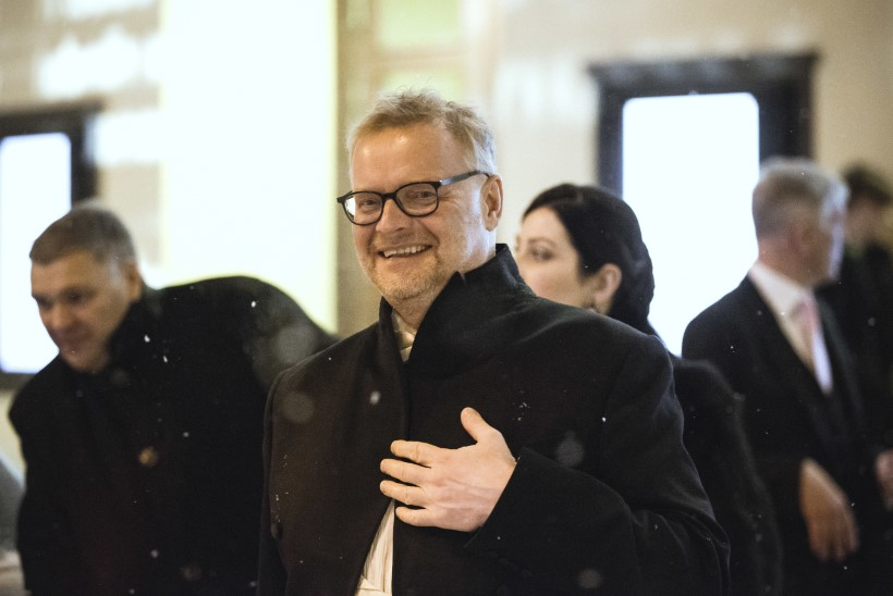 Abipalved Eesti jõukamaile: aidake reisida Türki või ostke bussipilet Võrru