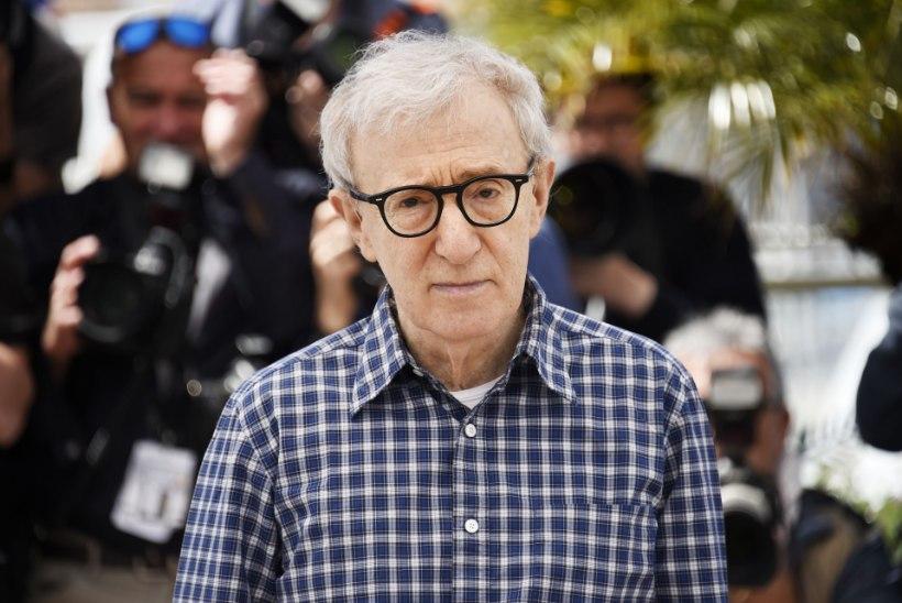 Woody Alleni arhiiv näitab obsessiooni koolitüdrukute suhtes