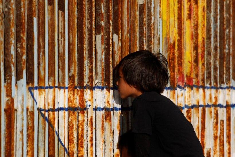 Trumpi valitsus tahab USA-Mehhiko müüri ehitamiseks saada 18 miljardit dollarit
